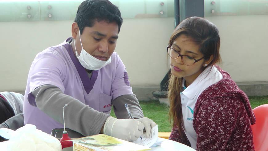 EDUVIDA participa en campaña de salud organizada por la Universidad Privada del Norte
