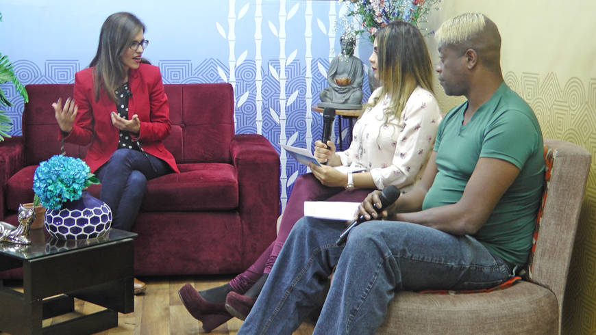 "Directora de EDUVIDA entrevistada en programa familiar de cable ""Casa Azul"""